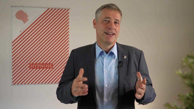 Leiter des IHC Institut für Hypnose und Coaching: Tobias Paul