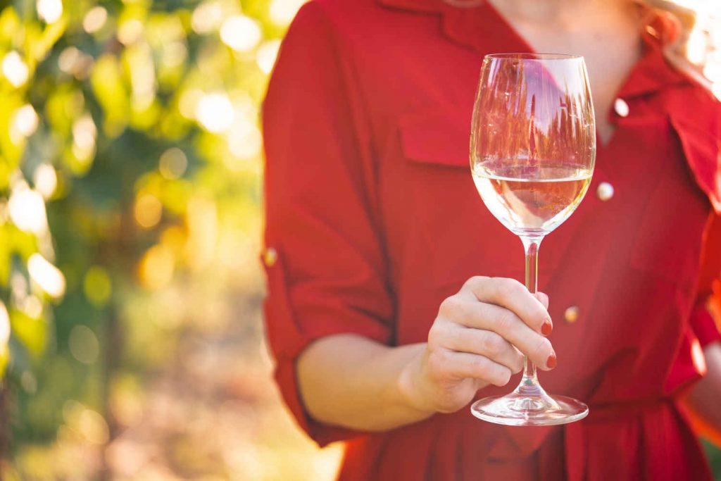 Weniger Alkohol durch Hypnose